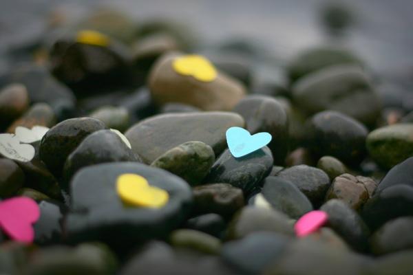 Hearts on rocks 11 small