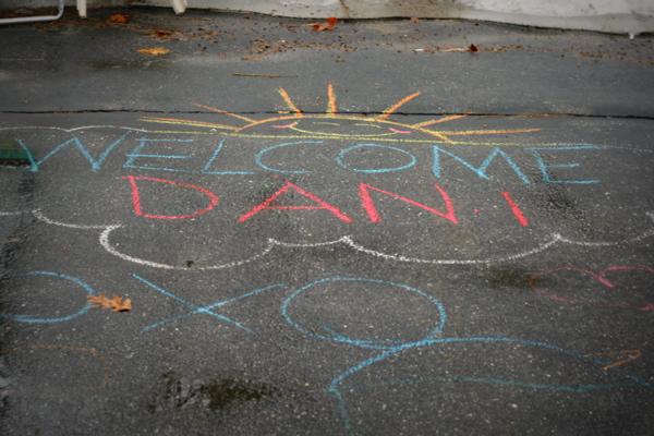 Welcome dani xo small